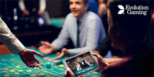 Evolution live dealer 21 now at Royal Vegas online casino